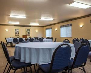 Quality Inn & Suites Eldridge Davenport North, Hotely  Eldridge - big - 22