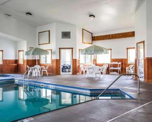 Quality Inn & Suites Eldridge Davenport North, Отели  Eldridge - big - 34