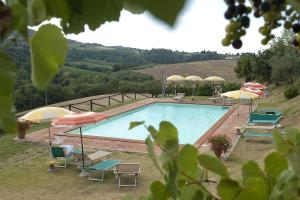 San Gimignano Apartment Sleeps 4 Pool Air Con WiFi - AbcAlberghi.com