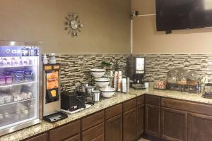 Comfort Inn Grain Valley, Hotel  Grain Valley - big - 32