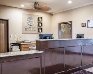 Comfort Inn & Suites - Chesterfield, Отели  Chesterfield - big - 48