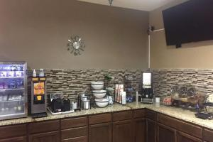 Comfort Inn Grain Valley, Hotels  Grain Valley - big - 13
