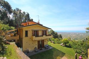 Cerro Grosso Villa Sleeps 7 WiFi - AbcAlberghi.com