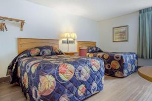 Rodeway Inn, Motely  Asheville - big - 22