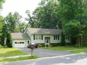 obrázek - 394 Oakwood Ave 5 Bedrooms Available