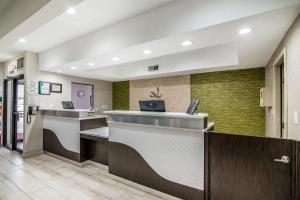 Quality Inn & Suites Near White Sands National Monument, Отели  Аламогордо - big - 24