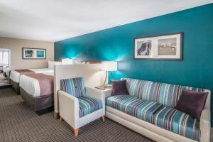 Quality Inn & Suites Near White Sands National Monument, Отели  Аламогордо - big - 25