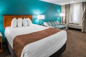 Quality Inn & Suites Near White Sands National Monument, Отели  Аламогордо - big - 28