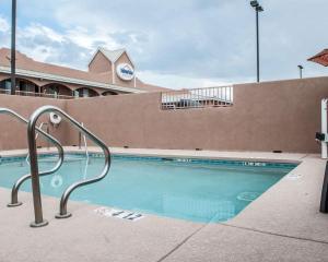 Suburban Extended Stay Hotel Alamogordo, Hotely  Alamogordo - big - 14