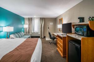 Quality Inn & Suites Near White Sands National Monument, Отели  Аламогордо - big - 37