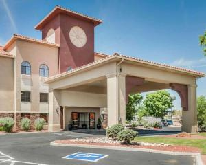 Quality Inn & Suites Albuquerq..
