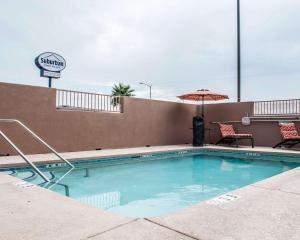 Suburban Extended Stay Hotel Alamogordo, Hotely  Alamogordo - big - 36