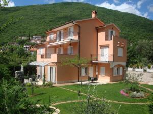 Apartments Mogorovic