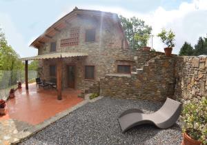 Loppeglia-Fiano Villa Sleeps 6 Pool WiFi - AbcAlberghi.com