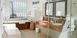 Camps Bay Retreat Hotel, Hotel  Città del Capo - big - 6