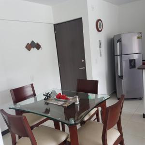 Amazing 3/2 Pool+Gym+Wifi +Mall with Movie theater Only 5min from Sabaneta
