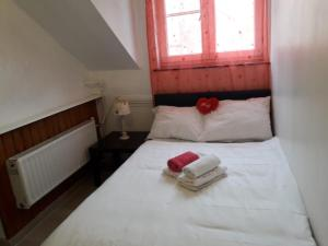 Private room very close to center with kitchen and bathroom - Anderlecht