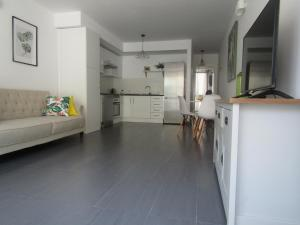 CHIC 1 BEDROOM APARTMENT IN SUNNY FRONTERA VALLEY, Tigaday