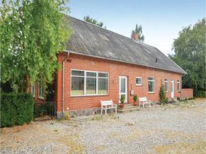 Three-Bedroom Holiday Home in Sakskobing - Toreby