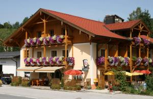 Gasthof Botenwirt - Hotel - Faistenau