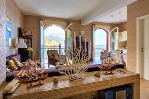 Le Carillon Taormina Bay - with Private Beach - AbcAlberghi.com