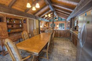 Gambrel Home, Holiday homes  South Lake Tahoe - big - 26