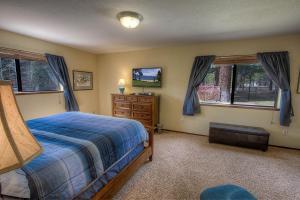Gambrel Home, Holiday homes  South Lake Tahoe - big - 27