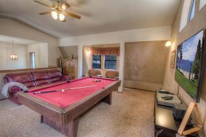 Gambrel Home, Holiday homes  South Lake Tahoe - big - 30