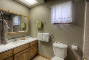 Gambrel Home, Holiday homes  South Lake Tahoe - big - 34