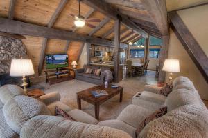 Gambrel Home, Holiday homes  South Lake Tahoe - big - 43
