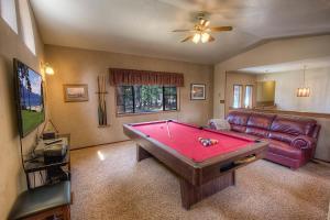 Gambrel Home, Holiday homes  South Lake Tahoe - big - 46