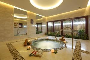 Centara Sandy Beach Resort Danang, Rezorty  Danang - big - 55