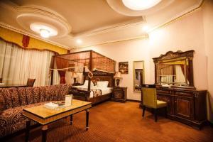 Ewan Hotel Sharjah - Khān