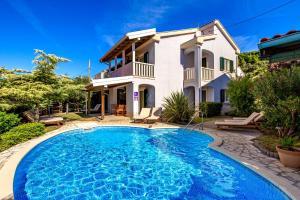 4 hviezdičkový apartmán Villas Rab Banjol Rab Chorvátsko