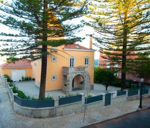 Duques Villa - Renovated Historical Villa