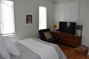 Rathtrevor Beach B&B - Accommodation - Parksville