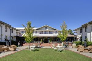 Hotel Kurrajong Canberra by Toga Hotels