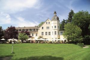 Hotel Haus Delecke - Bergheim