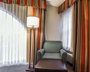 Comfort Suites Sumter, Hotels  Sumter - big - 19