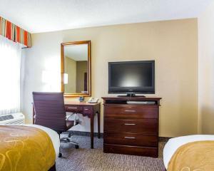 Comfort Suites Sumter, Hotels  Sumter - big - 30