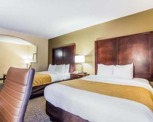 Comfort Suites Sumter, Hotels  Sumter - big - 48