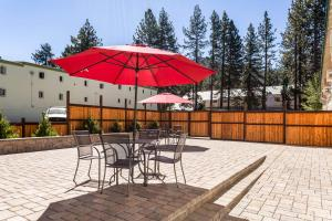 Econo Lodge Inn & Suites, Hotely  South Lake Tahoe - big - 24