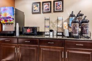 Comfort Inn & Suites Bryant - Benton, Hotels  Bryant - big - 34