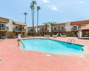 Econo Lodge Inn & Suites Mesa, Hotel  Mesa - big - 44
