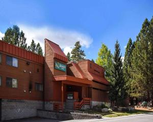 Quality Inn near Mammoth Mountain Ski Resort