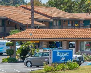 Rodeway Inn Fallbrook Downtown