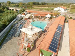 Villaggio Turistico Arco delle Rose - AbcAlberghi.com