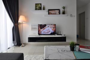 Kitolo Home @ Raffles Suites 02, Sutera Utama JB简约时尚三房款 - Skudai