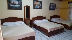 Family Room (5 Adults) Hotel Destinos Arenal