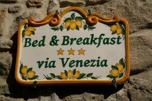 Bed & Breakfast Via Venezia - AbcAlberghi.com